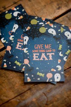 des tags Halloween et leurs invitations assorties... une création de the Sweetest Occasion