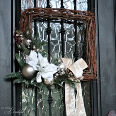 21 Quick and Pretty Holiday Decorating Ideas