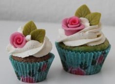 these are pretty - and we carry these liners! Cupcake Frosting, Cupcake Cakes, Cupcakes, Cupcake Factory, Take The Cake, Sugar And Spice, Cute Food, Stuff To Do, Spices