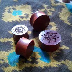 Pair of Saba wood Fo Flower Designed Flat Plugs by anajus on Etsy Wooden Plugs, Laser Engraving, Body Jewelry, Flower Designs, Flat, Flowers, Handmade, Stuff To Buy, Etsy