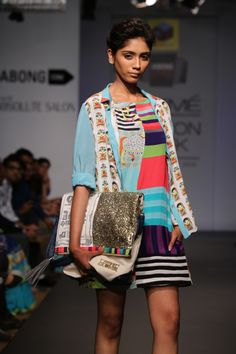 Pop Sultanat Shift Dress | Begum Minion Shirt | 100% Quirky Flap bag | www.thequirkbox.com