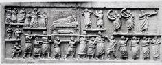 Sarcofago da Amiternum; I secolo a.C.; scultura in pietra calcarea; da Amiternum; Museo Nazionale d'Abruzzo.  esempio di arte plebea nettamente arcaicizzante e tendente ad uno stile che richiama l'arte egizia per la goffaggine dei personaggi
