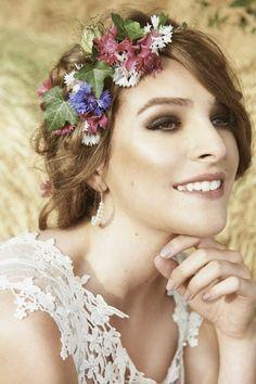 Floral crown - Beautiful wild flower wedding inspiration
