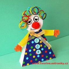 Únor je měsícem masopustů a karnevalů. Klauni jsou určitě oblíbené masky a my jsme si takového jedno... People's Friend, Paper People, Cute Crafts, Kindergarten, Christmas Ornaments, Holiday Decor, Pastel, Clowns, Animals