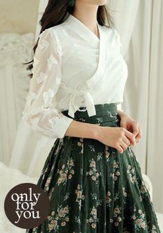 Korean Girl Fashion, Ethnic Fashion, Japanese Fashion, Korean Traditional Dress, Traditional Dresses, Stylish Dresses For Girls, Nice Dresses, Red Colour Dress, Myanmar Dress Design