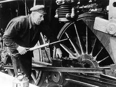 машинист паровоза Кытин Федор Егорович: 6 тыс изображений найдено в Яндекс.Картинках