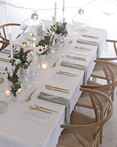 Table decoration wedding – table decoration wedding winter 15 best photos - New Site Table Decoration Wedding, Wedding Table Layouts, Wedding Table Settings, Wedding Centerpieces, Setting Table, Elegant Table Settings, Table Setting Inspiration, Buffet Table Settings, Design Inspiration