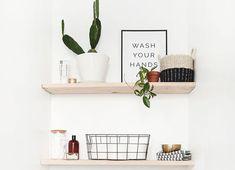 Room Interior Design, Bathroom Interior, Natural Living, Spanish Style Bathrooms, New Bathroom Designs, Bathroom Ideas, Bad Styling, Window In Shower, Bathroom Color Schemes