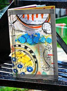 un art journal Art Journal Inspiration, Journal Ideas, Journal Covers, Book Covers, Scrapbooking, Mixed Media Artwork, Small Art, Book Binding, Paper Texture