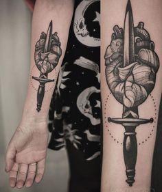 Tattoo Blog Hot Tattoos, Line Tattoos, Body Art Tattoos, Tattoos For Guys, Tattoos For Women, Heart Dagger Tattoo, Broken Heart Tattoo, Coeur Tattoo, Blackwork