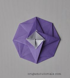 Tip: Papers I usually buy on Ebay or Origami Shop. Japanese books I tend to buy from CDJapan. Transform a square piece of paper into this beautiful geometric octagonal shape – without any scissors. That is the magic and beauty of Origami. This Origami Octagonal Tato is slightly more difficult than the Origami Hexagonal Tato …