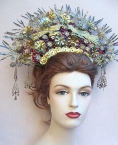 Vintage tiara Sumatra Indonesia wedding headdress crown headpiece (AAX).