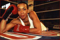 Michele Aboro Boxer, Englishfemale fighter.