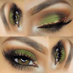 Gold eyeliner green eyeshadow