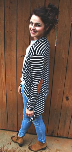 Striped Cardigan With Camel Elbow Patch Pretty Outfits, Fall Outfits, Fashion Outfits, Spring Summer Fashion, Autumn Winter Fashion, Simply Taralynn, Casual Styles, Little Fashionista, Brown Booties