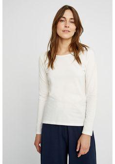 Fallon Long Sleeve Top in White Site Mode, Coton Biologique, Capsule Wardrobe, Long Sleeve Tops, Organic Cotton, People, Active Wear, T Shirt, Women Wear