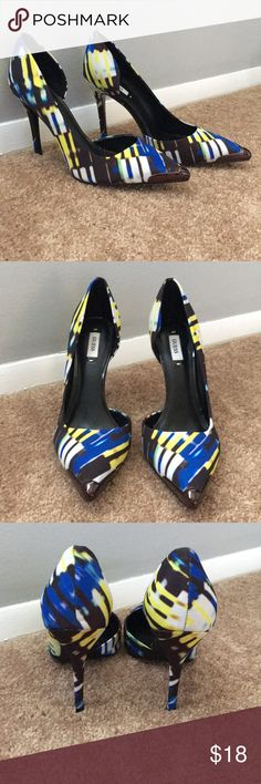 """Guess Pumps Women's guess Pumps. Worn only once. In great condition. 4.25""""heel Guess Shoes Heels"""