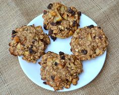 Delicious & Healthy Breakfast Cookies (she: Angela) - Or so she says. Added a cup of chocolate chips. These are delicious! Oatmeal Banana Bread, Banana Bread Cookies, Chocolate Chip Oatmeal, Apple Oatmeal, Oatmeal Cookies, Cookies Vegan, Healthy Cookies, Chocolate Chips, Breakfast And Brunch