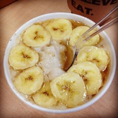 4. 1 Small Banana Topped With Maple Syrup | Community Post: 22 Healthy Snacks Under 100 Calories ; http://www.buzzfeed.com/bethanyt7/22-healthy-snacks-under-100-calories-mtzj