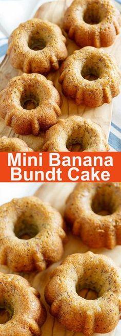 Banana Bundt Cake – moist and yummy banana bundt cake, baked in mini bundt pans. Loaded with bananas, this is the best bundt cake ever Bunt Cakes, Cupcake Cakes, Easy Cake Recipes, Dessert Recipes, Mini Bunt Cake Recipes, Mini Desserts, Frozen Desserts, Banana Bundt Cake, Mini Bundt Cake