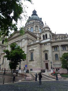 Danube River Cruise Ship    ||  DerTour Mozart   ||  Budapest, Hungary - St Stephen's Basilica  ||  140511