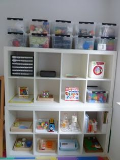 Great ideas for organizing.  Elaine Ng Friis: How to Organize Your Child's Toys/Playroom?