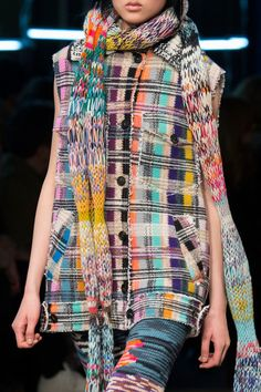 Missoni at Milan Fashion Week Fall 2016 - Details Runway Photos