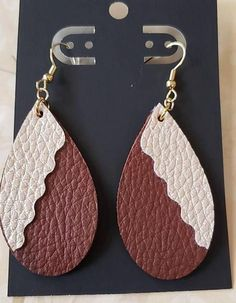 The Marie of the travelling and French nature earrings in hand-made wooden marquetry