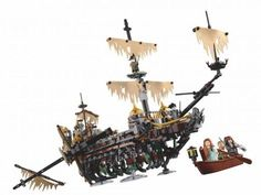 Lego debuts Silent Mary ghost ship & BrickHeadz from 'Pirates of the Caribbean: Dead Men Tell No Tales' Lego Store, Toy Store, Legos, Film Pirates, Brick Show, Bateau Pirate, Lego Clones, Brick Loft, Ghost Ship