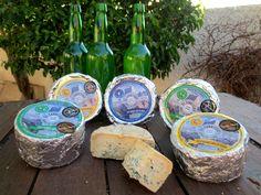 Tres elaboraciones de queso azul en los Picos de Europa a partir de leche cruda de oveja y/o cabra. Asturias, sidra y los quesos azules de El Cabriteru. Un plan de campeonato.