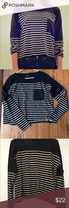 Madewell Effortless Long Sleeve Tee Madewell black and beige striped Effortless tee. Long sleeves. Slightly cropped length. Front pocket. Drop sleeves. Brand new with tags. Madewell Tops Tees - Long Sleeve