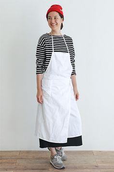 Simplyは、2012年春に誕生した新しいキッチンブランドです。ウエア感覚で着られるエプロンや、シンプルで機能的なキッチン雑貨、オリジナル食材など、家事が楽しくなるようなアイテムを提案します。