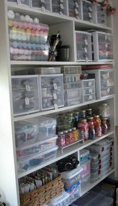 I saw Mason Jars in this pic (to organize this craft room), and I thought that was a FABULOUS idea!