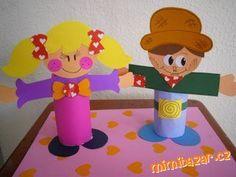 ŠABLONY NA POSTAVIČKY Z ROLIČEK Instruções Origami, Diy And Crafts, Crafts For Kids, Family Crafts, Tweety, Candles, Album, People, Toilet Paper Rolls