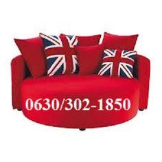 New sofa for our cinema room! Union Jack Pillow, Union Jack Cushions, Gebogenes Sofa, Sofas, Canapé Design, House Design, Design Ideas, London Decor, Kids Sofa