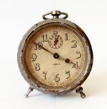 1930s Italian alarm clock/Made in Italy /VEGLIA/Alarm clock / Retro alarm clock Mid century