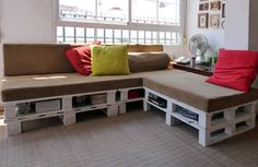 DIY Sofa With Built-In Storage Made Of 6 Pallets | Shelterness