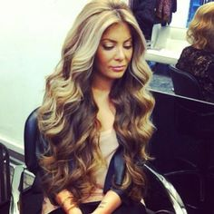 Blonde over brown hair- love!!