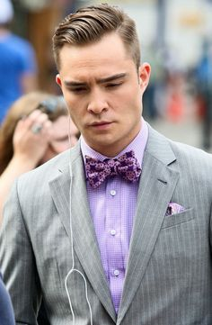 Fine suit, great color combination and superb bow tie for Chuck Bass