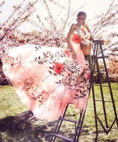 Yes! @officialamilnaestevao @alexilubomirski @harpersbazaarus via @troy_wise @5by5forever #AlexiLubomirski #AmilnaEstevão #AnnaTrevelyan #TeddyCharles #NicholasDesJardins #TyronMachhausen #harpersbazaarmagazine #august2016 #supermodel #fashion #fashioneditorial #fashionphotography #editorial #photography #style #femalebeauty #femalefashion #beauty #luxury #summer2016 #ia #instalike #instastyle #instafashion #instaluxury #instabeauty #imageamplified #rickguzman #troywise