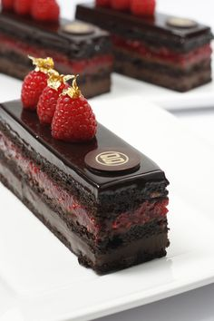 Raspberry Chocolate Flourless Cake..