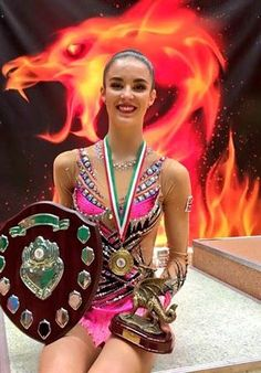Absolutely amazing weekend in Cardiff with Welsh Gymnastics for the Welsh Rhythmic Gymnastics Championships 2016 and we are so pleased to see local Swindon gymnast Laura Halford defend her Welsh title and pictured here in front of our Welsh 'Fire Dragon'.......which appeared at the Commonwealth Games for Wales in 2014!