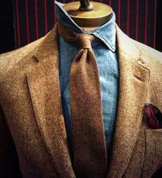 gmenweardaily: Fall inspiration pt. 2 × Tweed & Denim × ph. Unknown × GWD |Gentlemen's |Wear |DailyYour daily inspiration reference for mens style and elegance #GWD #BuildYourOwnStyle #Menswear #style #stylish #love #dandy #dandism #connoisseur #inspiration #research #details #sprezzatura