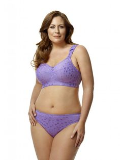 2a11bfb7b5 23 Best Bras for Overweight Women   Plus Size Bras images