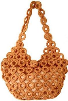 This looks easy. Free Crochet Bag, Hand Crochet, Crochet Handbags, Crochet Purses, Crochet Earrings Pattern, Crochet Patterns, Diy Coin Purse, Crochet Rings, Diy Crafts Crochet