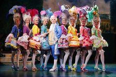 Glamour Marie Antoinette !!