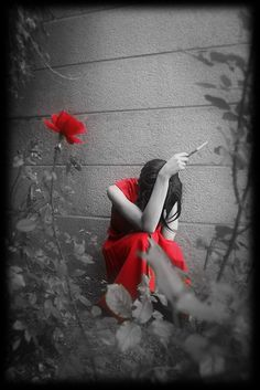 a bit of red .. X ღɱɧღ ||Delicacy, and even of Fragility