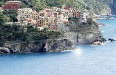 Roteiro de uma semana em Cinque Terre na Itália, incluindo passeios até Portofino e Portovenere, com vídeos e fotos.