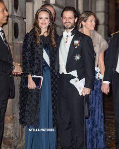 """121 gilla-markeringar, 1 kommentarer - KUNGLIGA MAGASINET (@kungligamagasinet) på Instagram: """"Här anländer prinsparet till Börshuset i Gamla stan. För att delta vid Svenska akademiens…"""""""