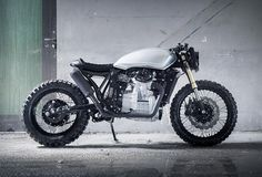 Our custom motorbike crush today comes from Germany´s Motoism Customs, a workshop ran by two talented brothers. They wanted to create an urban and sporty ride with a reminiscence to the so they turned a classic Honda Silver Wing into a ret Motogp Valentino Rossi, Cx 500, Honda Cx500, Custom Cycles, Silver Wings, Ford Raptor, Mini Bike, Lamborghini Gallardo, Cool Bikes